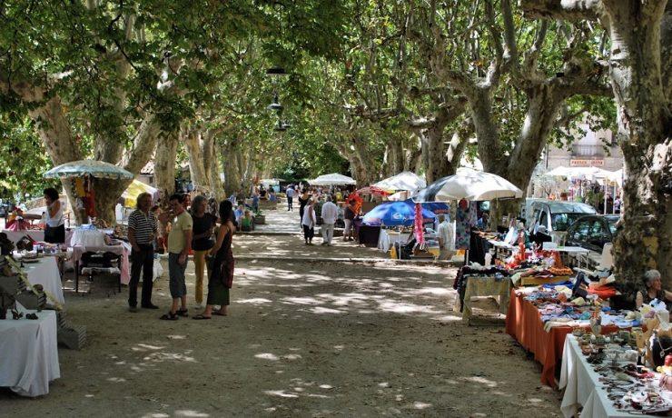 Markt in Barjac in de Ardèche