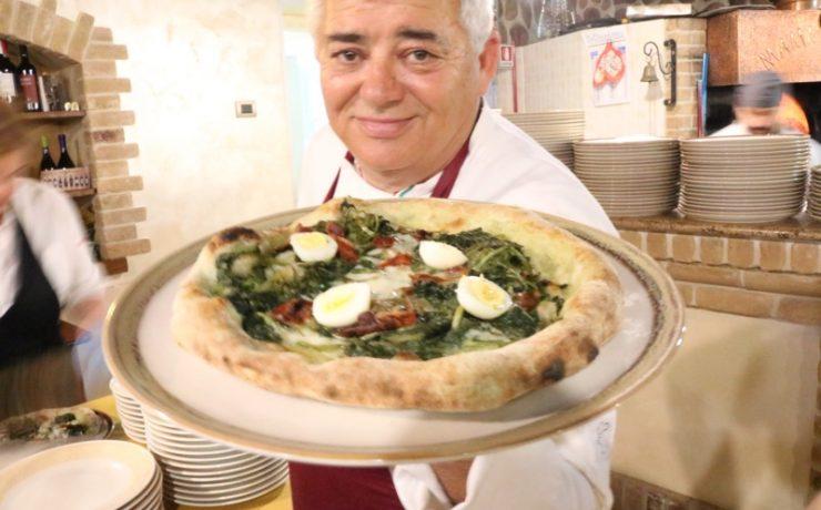 De pizza's van Mama Rosa moet je proberen