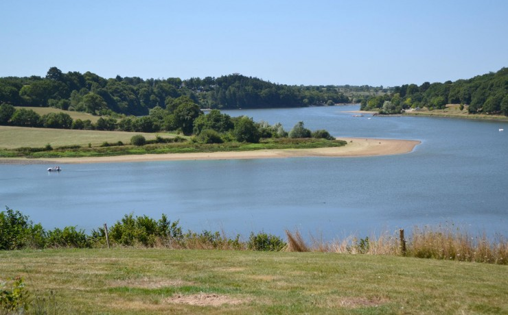 Op 5 km van La Bretonnière Lac du Jaunay