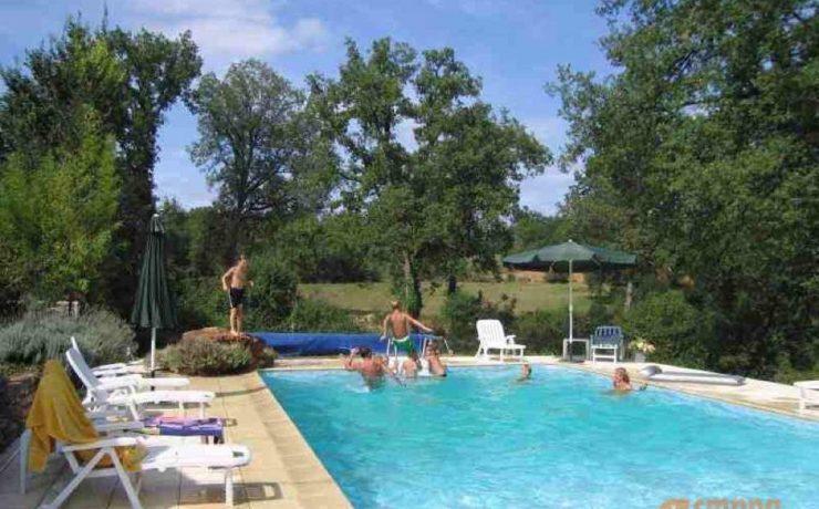 Heerlijk afkoelen in het zwembad van Mas du Midi