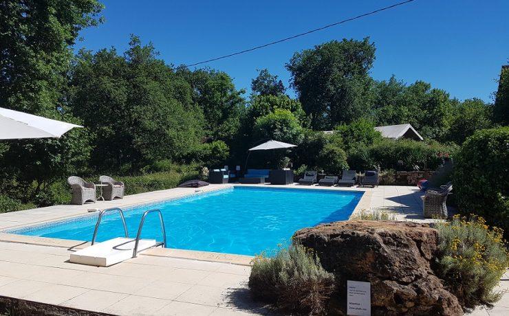 Zwembad, kleine natuurcamping Mas du Midi, Tarn, Zuid Frankrijk