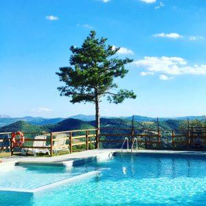 zwembad met prachtig natuur uitzicht, Luna del Monte, Umbrie, Toscane