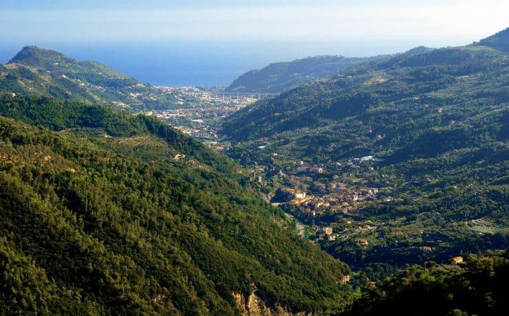 Valle de Nervia, Ligurie, Liguria, Bloemenriviera, Italië